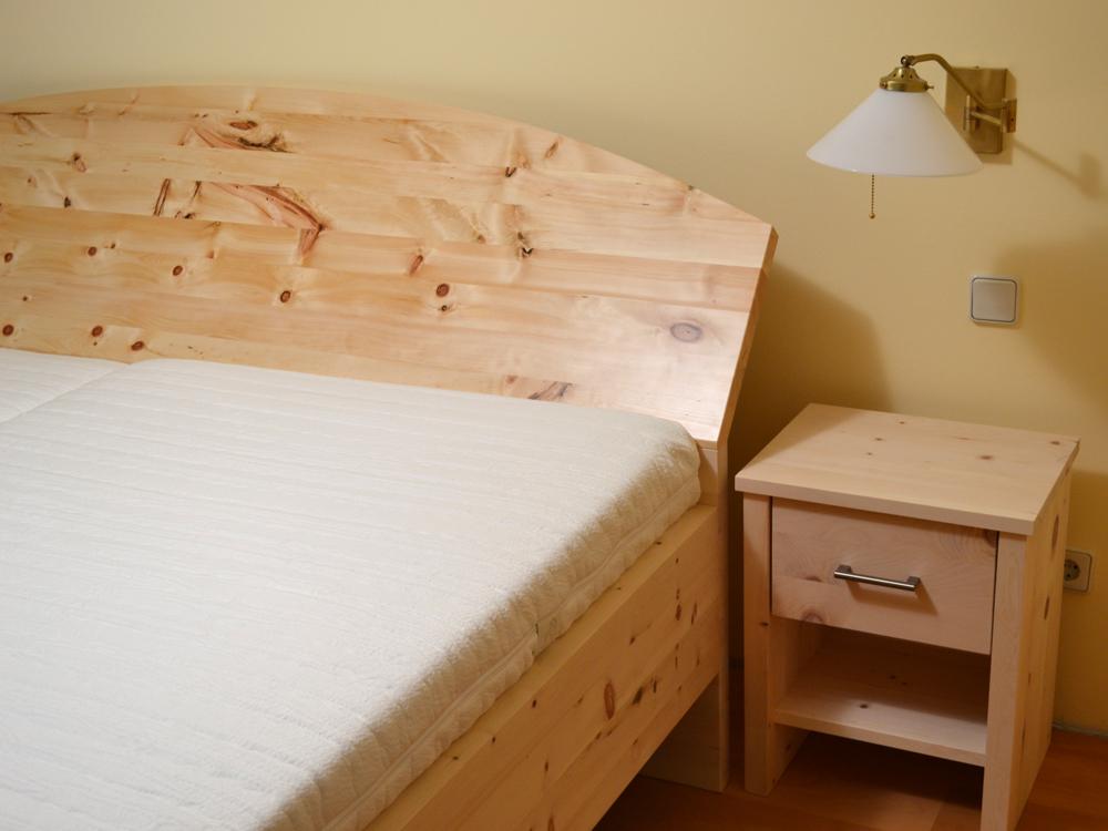 Schlafzimmer Königssee Zirbenholz Holz Sigi